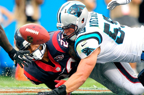 kuechly-tackle