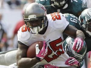 1382461499000-USP-NFL-Philadelphia-Eagles-at-Tampa-Bay-Buccanee