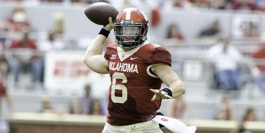 NORMAN, OK - OCTOBER 15: Quarterback Baker Mayfield #6 of the Oklahoma Sooners throws a pass against the Kansas State Wildcats at Gaylord Family Oklahoma Memorial Stadium on October 15, 2016 in Norman, Oklahoma. (Photo by Joshua Gateley/Getty Images) *** Local Caption *** Baker Mayfield