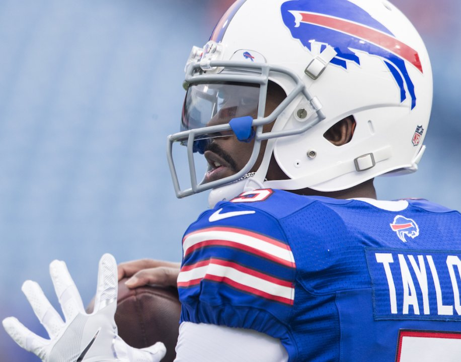 Why bringing back QB Tyrod Taylor is smart move for Bills | PFF News & Analysis | PFF