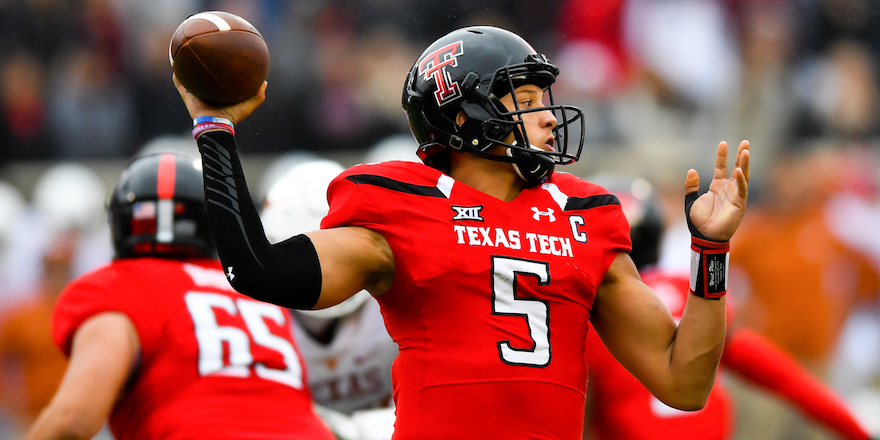LUBBOCK, TX - NOVEMBER 05: Patrick Mahomes II #5 of the Texas Tech Red Raiders passes the ball during the game against the Texas Longhorns on November 5, 2016 at AT&T Jones Stadium in Lubbock, Texas. Texas defeated Texas Tech 45-37. (Photo by John Weast/Getty Images)  *** Local Caption *** Patrick Mahomes II