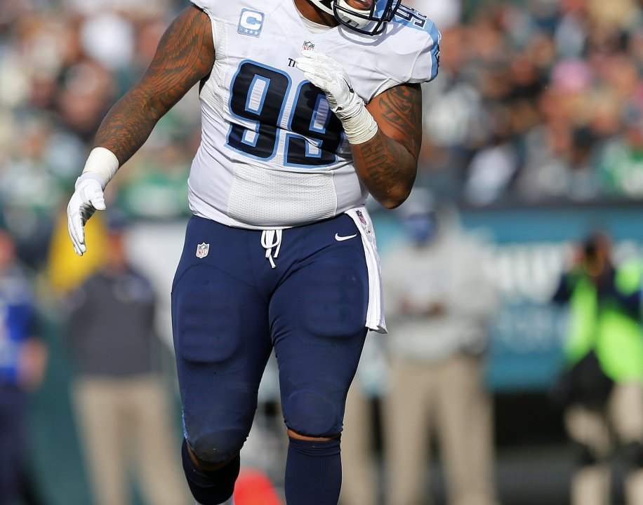 45c2028d8 Jurrell Casey signs extension in Tennessee
