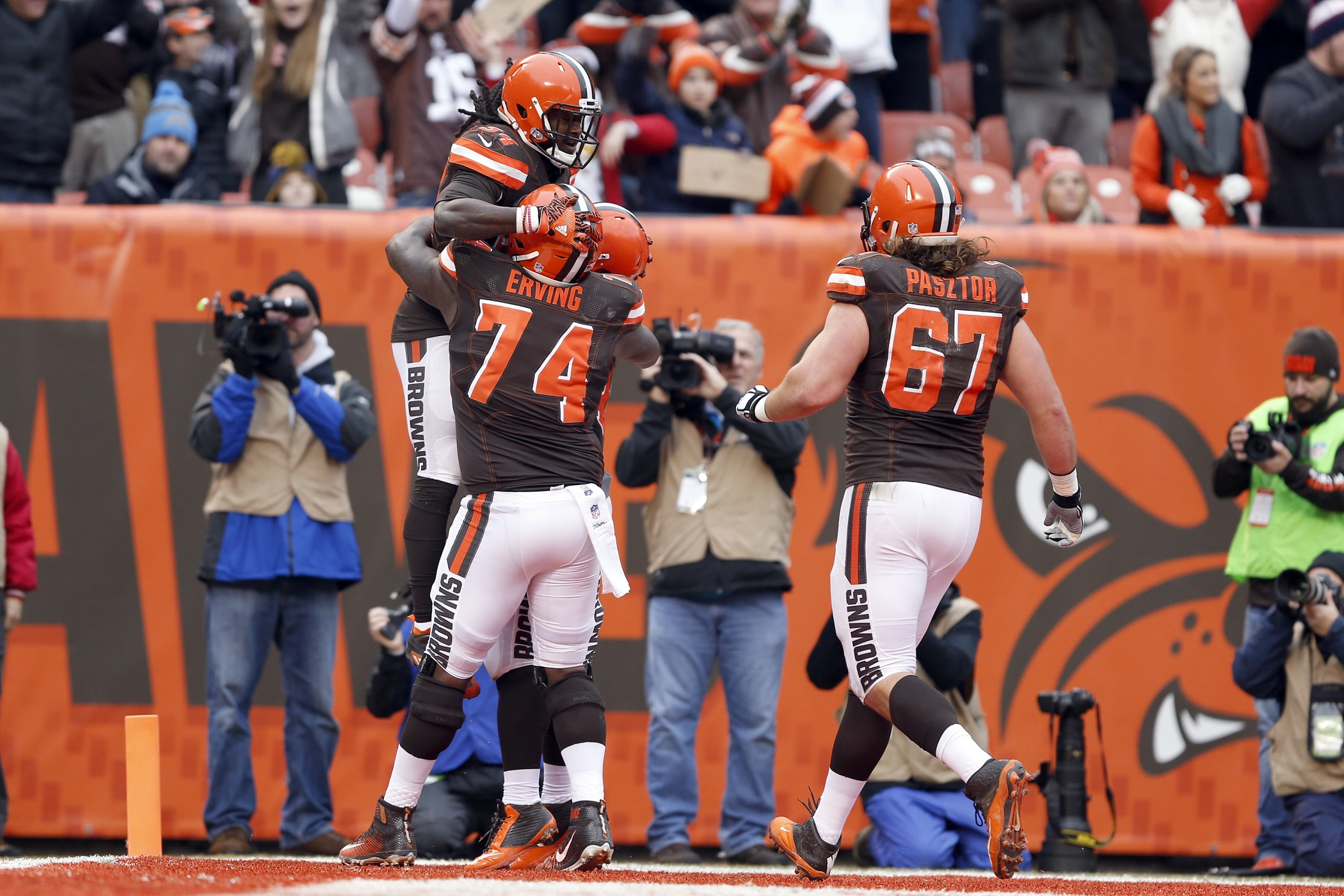 Browns 'Aggressively' Trying To Trade CB Joe Haden