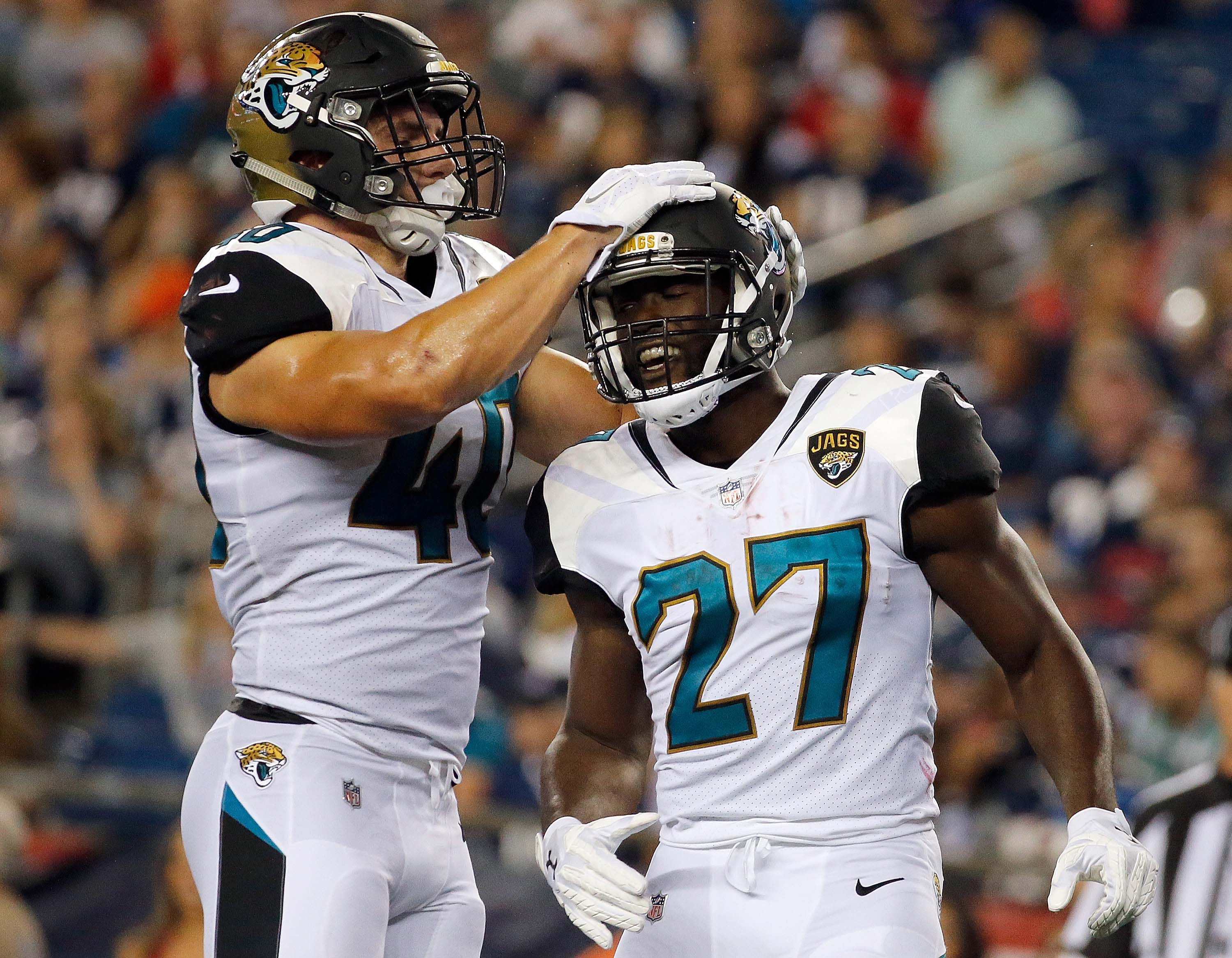 Jaguars Doug Marrone says Leonard Fournette has foot injury