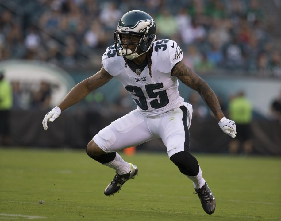 6145d4144ad2f3 PHILADELPHIA, PA - AUGUST 17: Ronald Darby #35 of the Philadelphia Eagles  plays against the Buffalo Bills the preseason game at Lincoln Financial  Field on ...