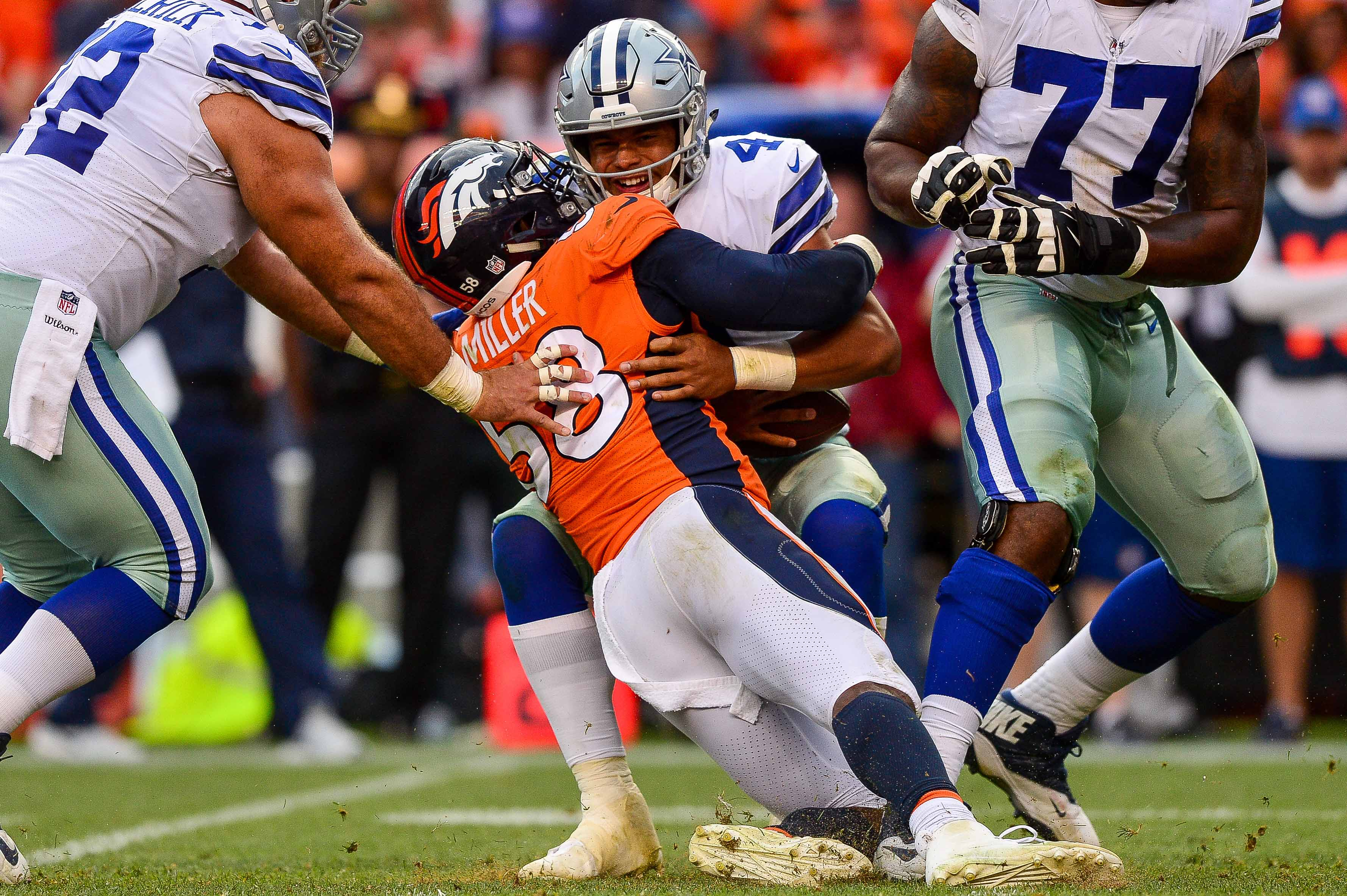 Dallas Cowboys-Denver Broncos game temporarily suspended because of lightning
