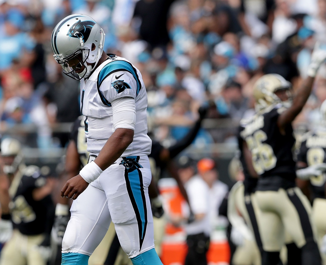 That's a victor: Saints pound Panthers, 34-13