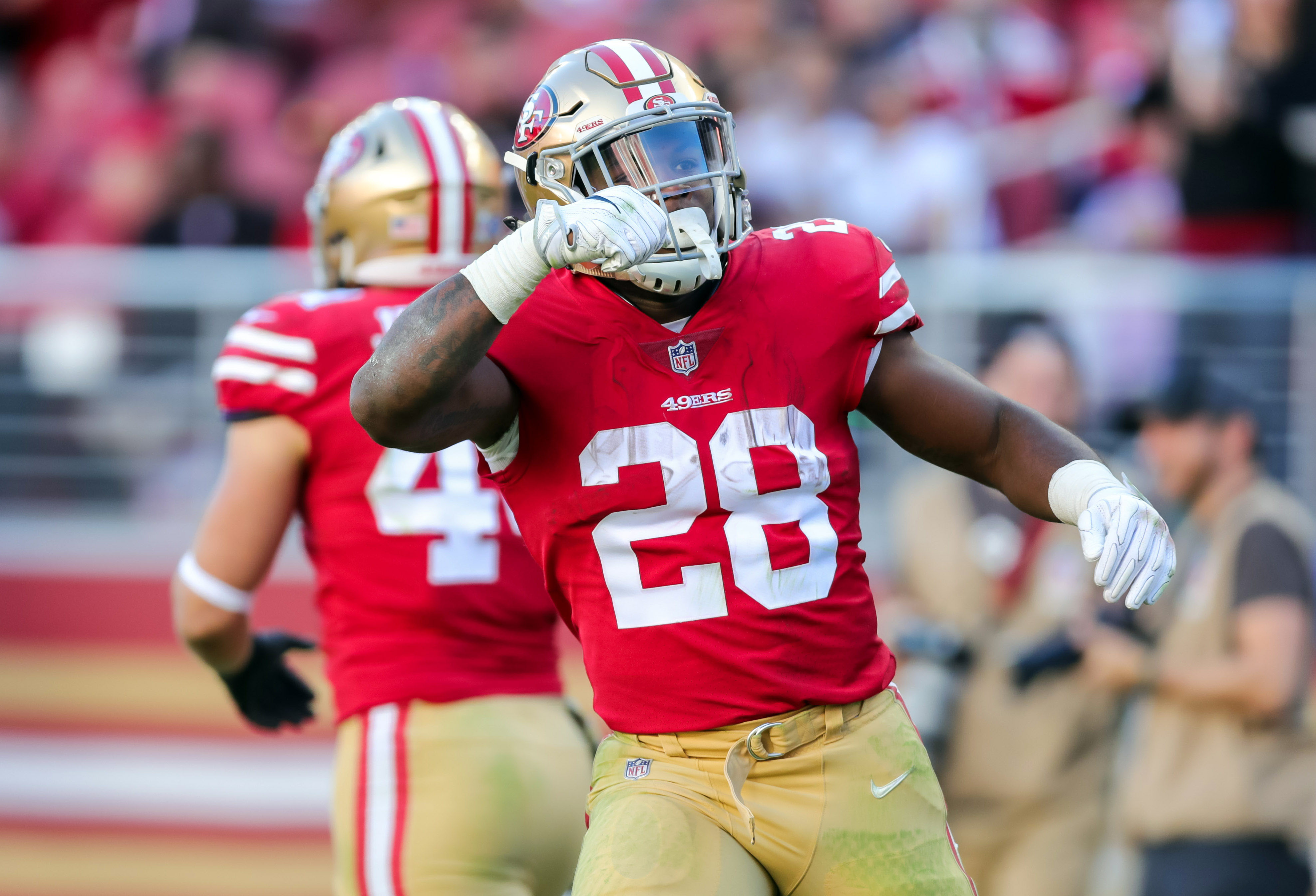 Carlos Hyde 2018 player profile game log season stats career stats recent news If you play fantasy sports get breaking news and immerse yourself in the ultimate