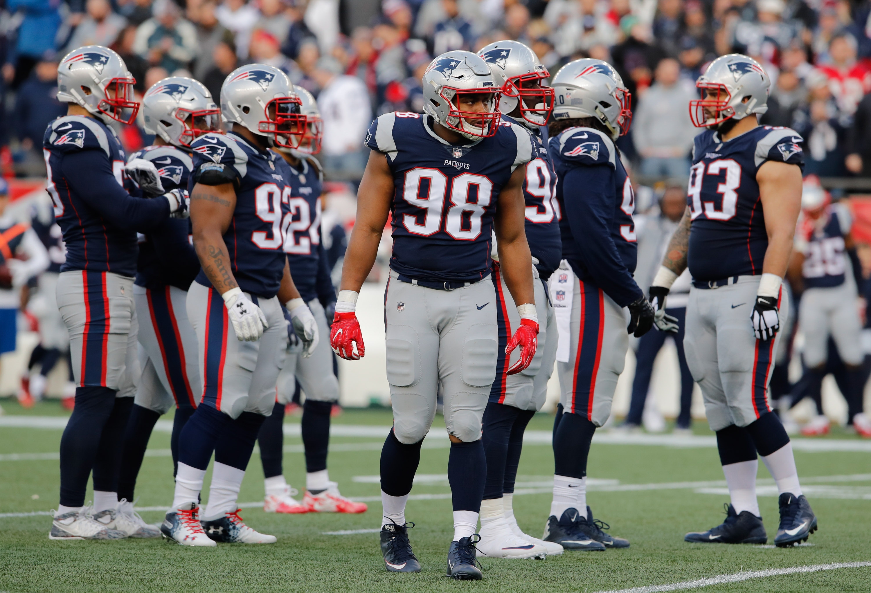 Patriots pressure will be key to stopping the Rams' long-developing routes