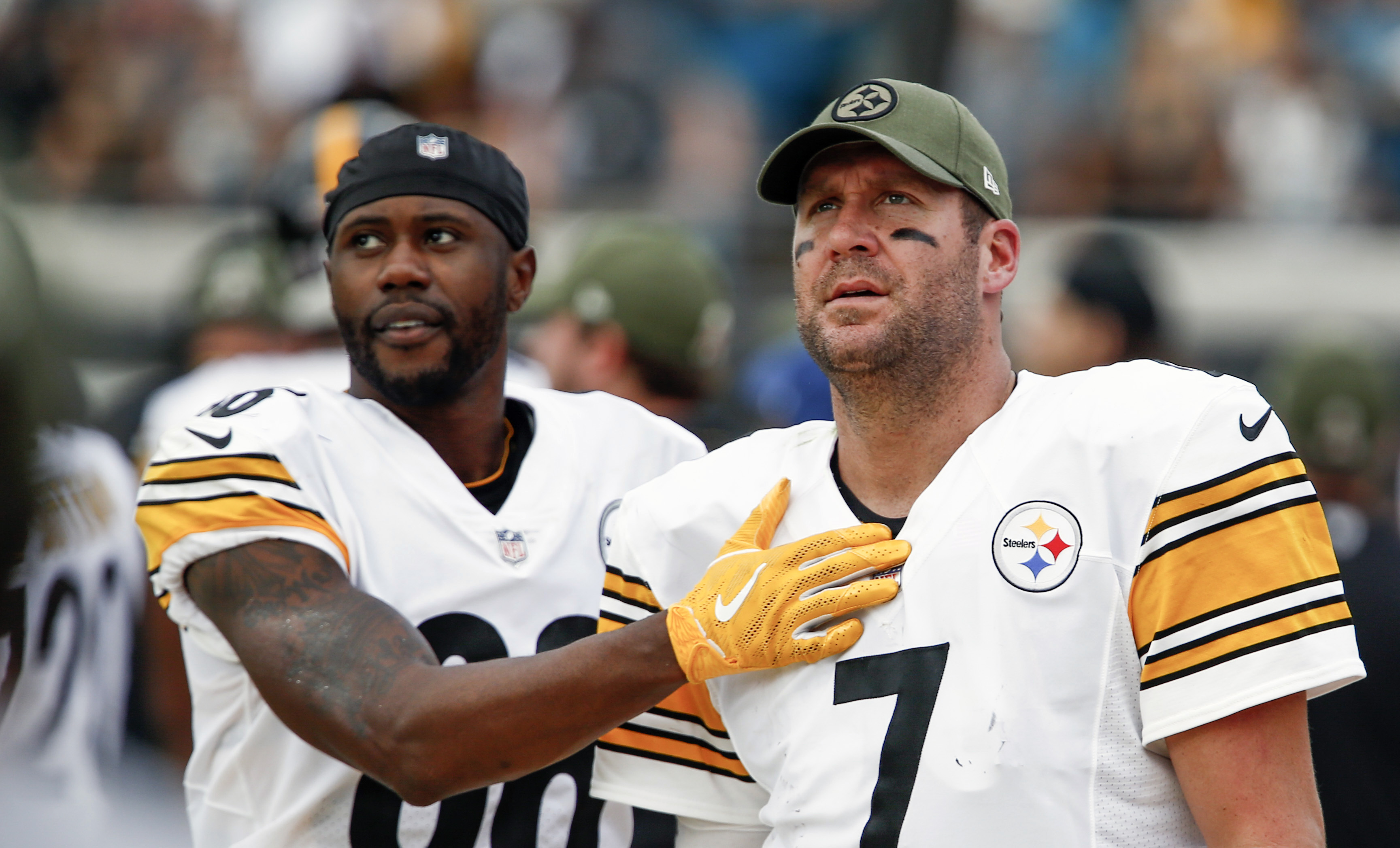 Ben Roethlisberger: Jags talk a lot, but I'm carrying the ball home