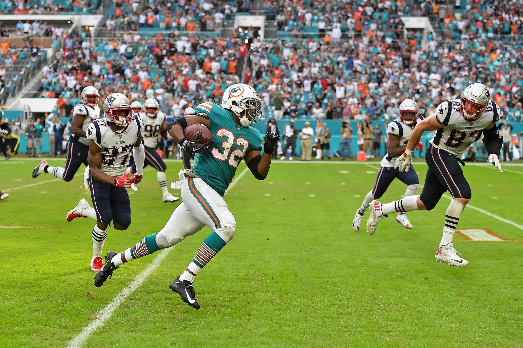 Refocused Nfl Week 14 Miami Dolphins 34 New England Patriots 33