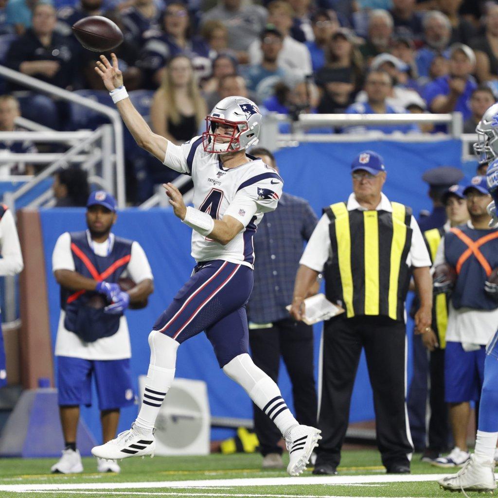 Rookie QB Jarrett Stidham Turns Heads In Patriots' First