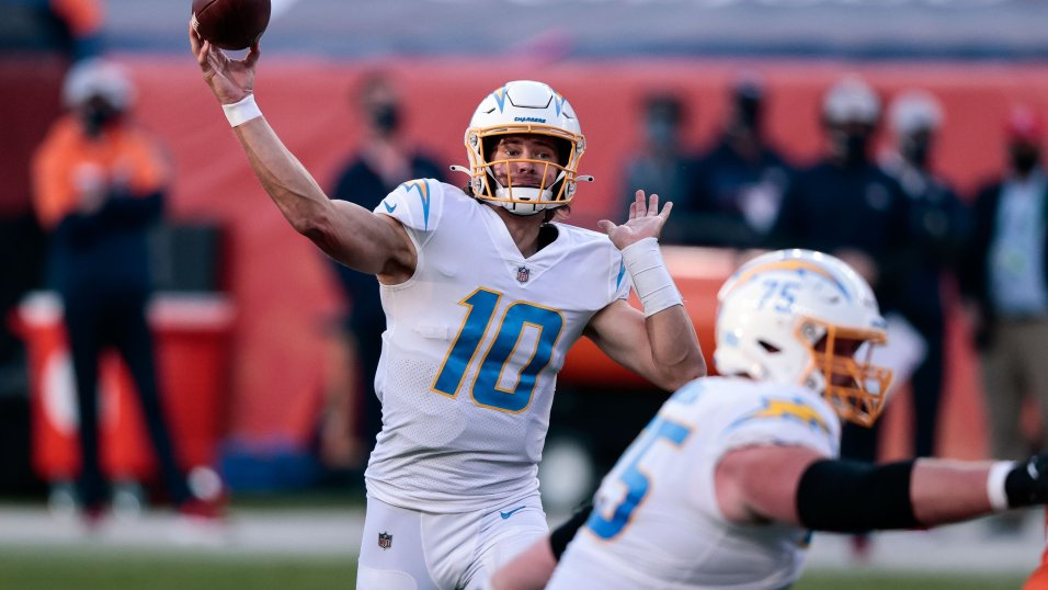 NFL Week 8 QB Review: Joe Burrow and Justin Herbert continue to impress,  but their styles have been vastly different | NFL News, Rankings and  Statistics | PFF