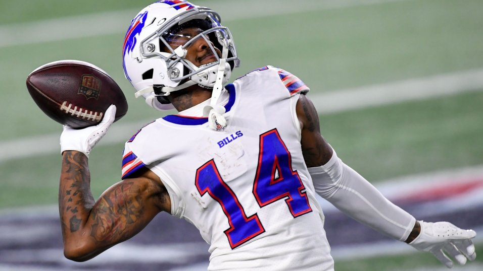 Best and worst NFL contracts for every AFC team: Stefon Diggs, Carson Wentz, Patrick Mahomes and more | NFL News, Rankings and Statistics | PFF