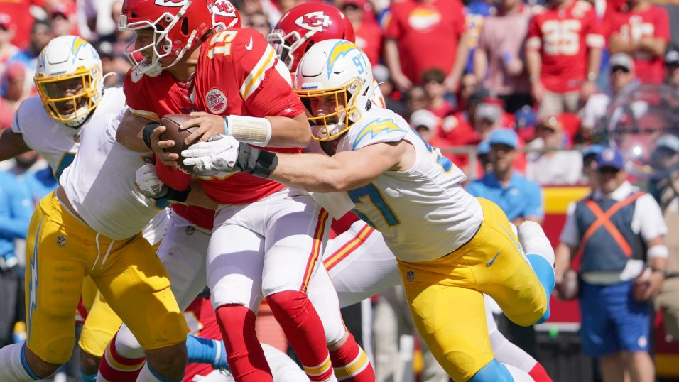 NFL Week 3 Game Recap: Los Angeles Chargers 30, Kansas City Chiefs 24 | NFL  News, Rankings and Statistics | PFF